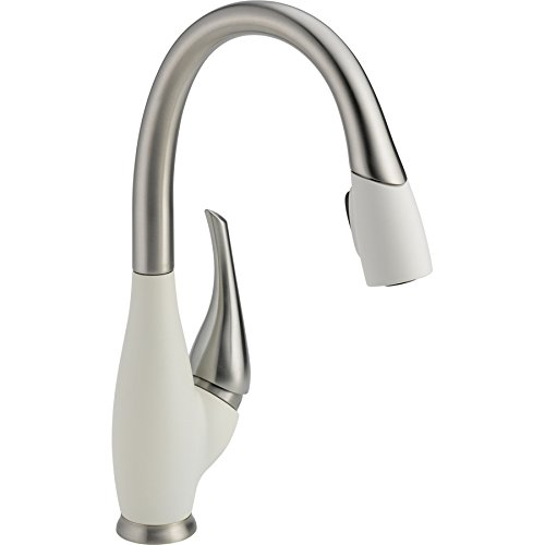 Delta Faucet 9158-SW-DST Fuse, Single Handle Pull-Down Kitchen Faucet, Stainless/White