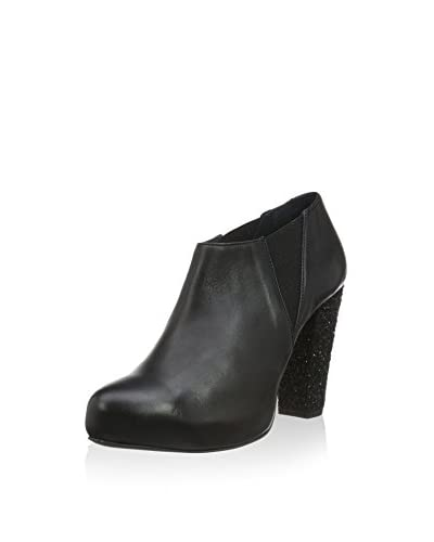 Shoe Biz Tronchetto