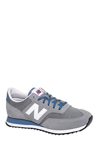 CW620 Low Top Sneaker