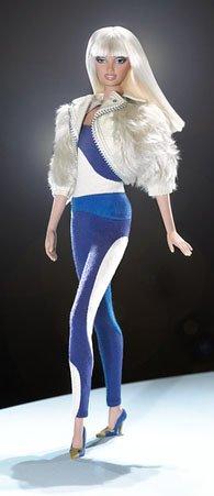 Barbie-VERSUS-Fabulous-Versus-Versace-Doll-2004-Gold-Label