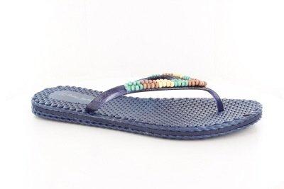 Womens Size 12 Flip Flops front-1059523
