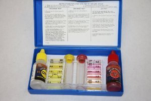 Blue devil b7228 3 way oto test kit chlorine bromine ph swimming pool testing for Swimming pool test kits amazon