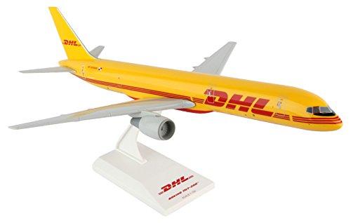 daron-skymarks-dhl-757-200-airplane-model-1-150-scale