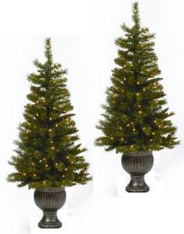 Aspen Potted Topiary Pre-Lit Christmas Tree (Set