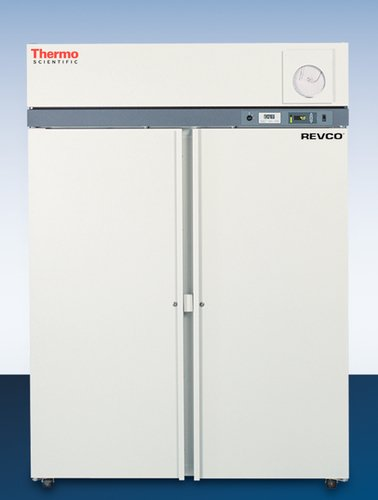 THERMO FISHER SCIENTIFIC ULT2330D High-Performance Lab Freezer, 208 to 230V, 15 Amp Breaker, 60 Hz, 23.3 cu. ft. Capacity, Exterior 37.2