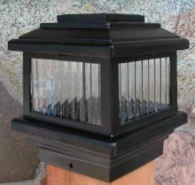 "Aurora Polaris Solar Deck Light - Black (3 1/2"")"
