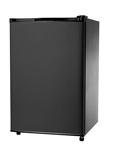 RCA-IGLOO 4.5 Cubic Foot Fridge, Black (Fridge Igloo compare prices)
