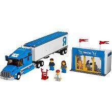 LEGO City Set #7848 Toys R Us Truck