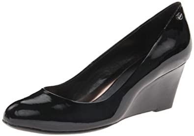 Calvin Klein Women's Saxton Patent Wedge Pump,Black,5 M US