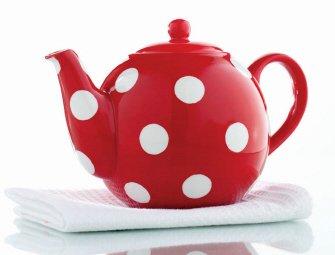 Red Polka Dot Handpainted Earthenware 44oz Teapot