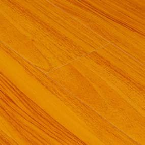 Goodwood Wood Flooring Red Oak Laminate Flooring Tile with thickness: 12mm, width: 6 In., length: 4'