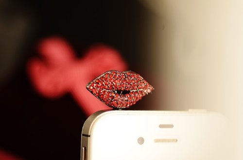 Ebada Flaming Lips Crystal Decorated Headphone Jack Anti-Dust Plug For Iphone 5 4S Samsung Galaxy S2 S3 S4 Note2 N7100 Note3 Blackberry Z10