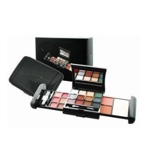 BR-Travel-Size-Eyeshadow-Makeup-Kit-05-Oz