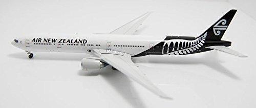 knlr-phoenix-10959-new-zealand-air-zk-okr-b777-300er-all-black-team-1400