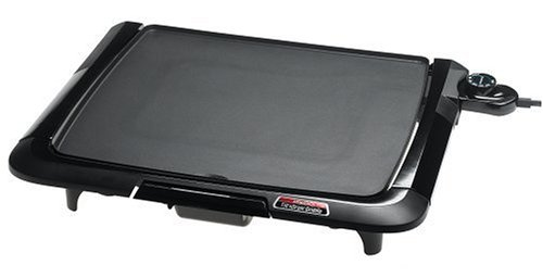 Presto 07045 Family-Size Cool-Touch Tilt'N Drain Electric Griddle