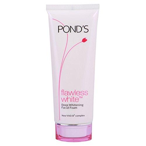 Pond's Flawless White Deep Whitening Facial Foam