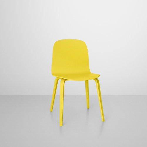 VISU Stuhl mit Holzgestell Gelb muuto