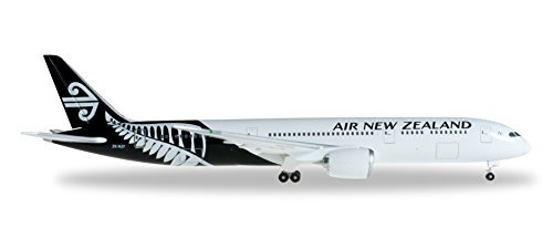 he527873-herpa-wings-air-new-zealand-787-9-1500-blackwhite-livery-model-airplane-by-herpa-wings