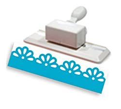Martha Stewart Crafts Edge Punch, Daisy
