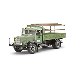 Bussing 8000 S13 Transportation Truck 1/24 Revell Germany