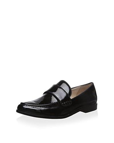 Pour La Victoire Women's Lareau Flat Loafer