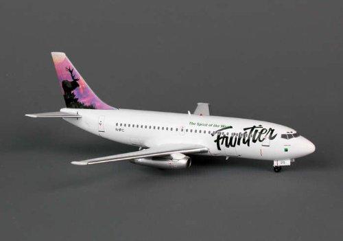 BlueBox 200 Frontier Airlines Elk B737-200 Model Airplane (Frontier Airlines Model compare prices)
