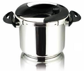 Cuisinox Deluxe 7.4 qt Pressure Cooker from Cuisinox