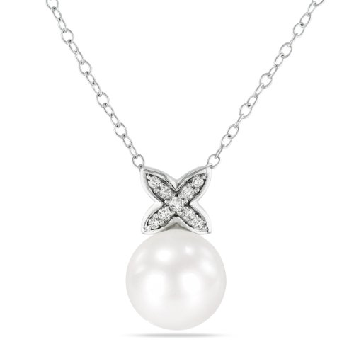 Sterling Silver 0.07 CT TDW Diamond FW White Pearl Fashion Pendant With Chain (I3)