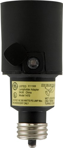 GE 18257 Light-Sensing Socket Adapter, Photo Sensor On/Off