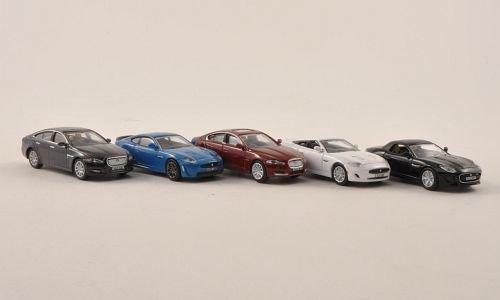 jaguar-5er-set-xj-met-grau-xkr-s-blau-xf-met-dkl-rot-xk-weiss-und-f-type-schwarz-modellauto-fertigmo