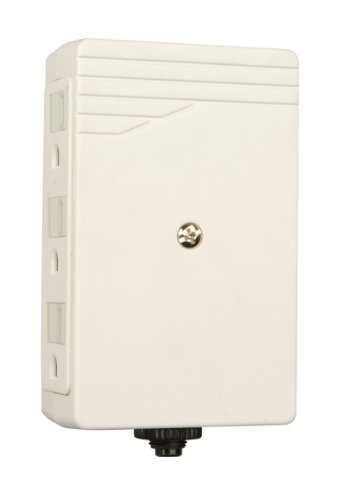 Woods 041202 6-Outlet Side Entry Wall Adapter with Circuit Breaker, White