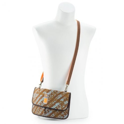 "ERGObaby Designer Collection Christy Turlington - ""Hands-Free"" Waist Pack - 1"