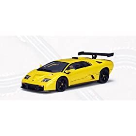 AUTOart 1:32 Slot Car Lamborghini Diablo GTR Yellow with Lighting Lamps