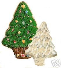 Wilton Cake Pan: Treelightful Christmas Tree/Holiday Tree (502-1107, 1972)