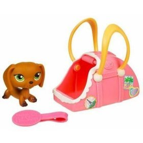 Buy Low Price Hasbro Littlest Pet Shop Pets On The Go Figure Dachshund in Suitcase (B000HM6Q1I)