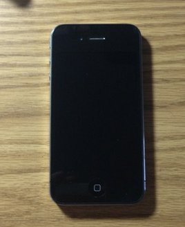 IPHONE 4 16GB - Works Unlocked -