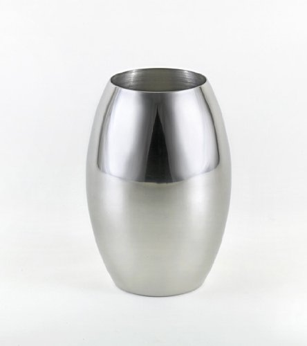 Brilliant Stainless Steel Flower Vase - Fine Stainless Steel Gardening Product for Your Home