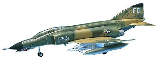 Academy F-4E Phantom II - 1