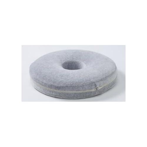 ☆ 炭成分配合/低反発円座クッション ◎ 腰痛やお尻の悩みに。。 炭成分が入ったもっちり優しい座り心地の円座クッション☆ カバーは取り外して洗えます♪
