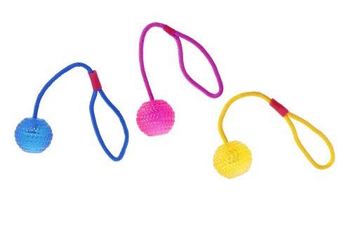 Bild von: Karlie Flamingo 46951 Hundespielzeug Tpr Ball mit Wurfseil Farblich Sortiert Durchmesser 7 cm