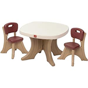Step2 New Traditions Table and 2 Chairs