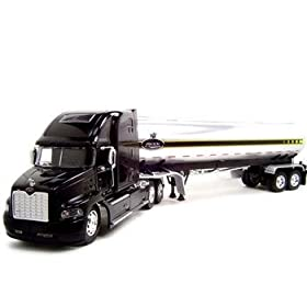 diecast collectible truck: Mack Vision Tanker Truck 1:32 Diecast Jada Model
