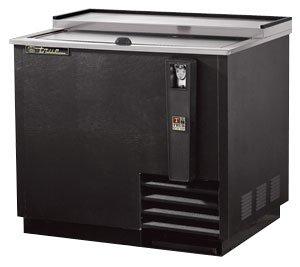 True Refrigeration True Bottle Cooler Horizontal Flat Top Black