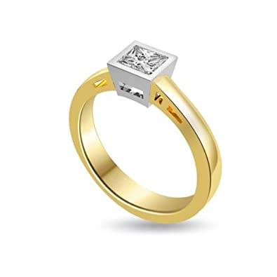 0.35ct H/SI1 Solitaire Diamond Engagement Ring for Women with Princess Cut Diamonds in 18ct White Gold & Yellow Gold