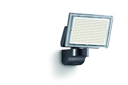 LED-Strahler XLED Home 3 Slave schwarz, LED-Scheinwerfer mit 18 Watt und 1426 lm, 180° horizontal und 120° vertikal schwenkbare Lichtpanel, Ideal für Zufahrten, Innenhöfe und Gärten, 006884