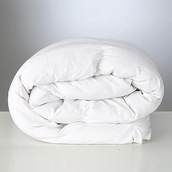 couette fibres creuses polyester polycoton polyester polycoton blanc lit b b 120x150cm. Black Bedroom Furniture Sets. Home Design Ideas