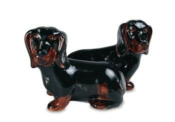 Pavilion Rescue Me Now Dachsund Salt And Pepper Shaker Set, Toby And Macy, 3-3/4 By 3-Inch front-445220