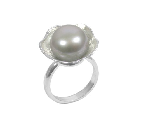 Mounir London Floral Ring With Grey Pearl In Size L