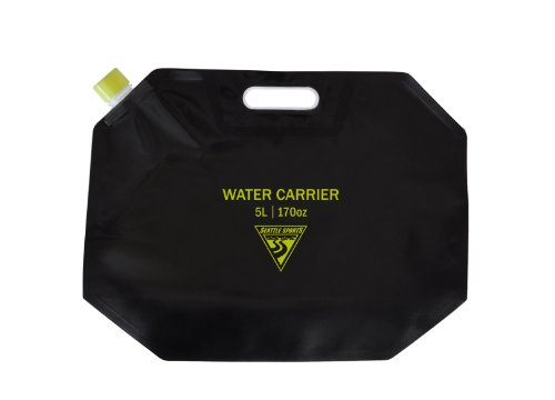 Collapsible Water Carrier front-824400