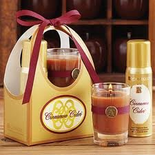 Aromatique Thinking of You Candle and Spray Set